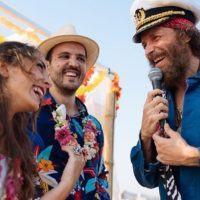 Maria e Alessandro, i 'fortunati' sposi del Jova Beach Party di Roccella - FOTO