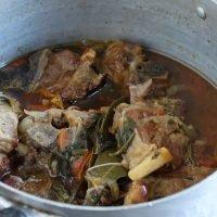 Come preparare l'agnello in umido: la ricetta