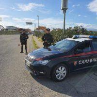Tenta di uccidere la compagna a coltellate: arrestato in provincia di Reggio