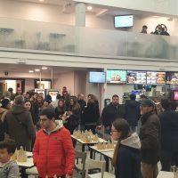 Reggio, grande entusiasmo per l'inaugurazione del Burger King