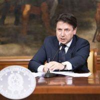 Liberati 750 miliardi, Conte: 'Quando l'Italia si rialza, corre'