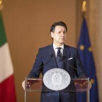 Covid in Italia, Conte: 'Proroga dello stato di emergenza'