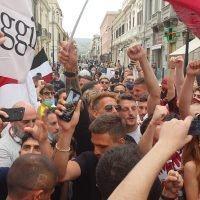Reggina in Serie B: in piazza Duomo arrivano i calciatori