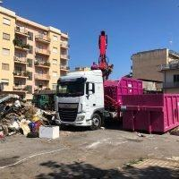 Reggio - Riprende la raccolta rifiuti, ma i cittadini hanno imparato la lezione?