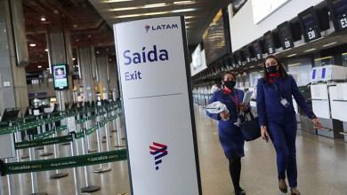 Photo of US brings forward travel ban asBrazilsurpasses its daily death toll