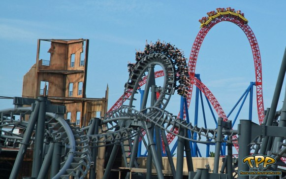 Warner Brothers Amusement Park (photo from the internet)