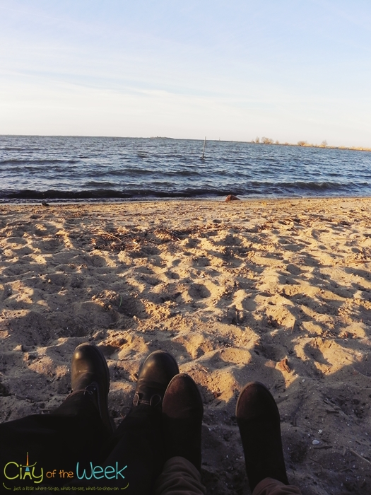 chilling on the beach of Muiden
