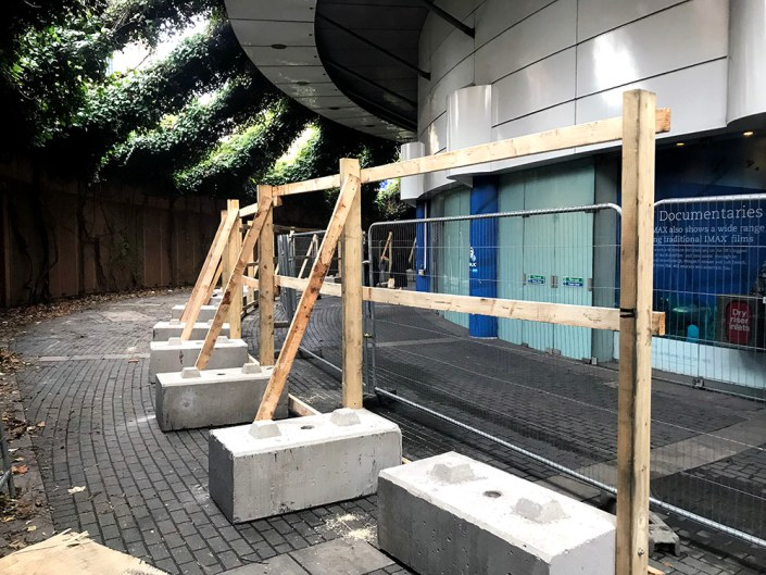 750kg kenledge blocks in place for free-standing timber hoarding at the IMAX Waterloo