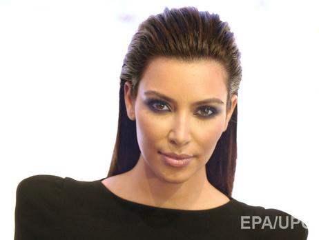 Ким Кардашьян надела «голое» одеяние, находясь на8-м месяце беременности