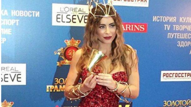 Ани Лорак получила музыкальную премию в столице России