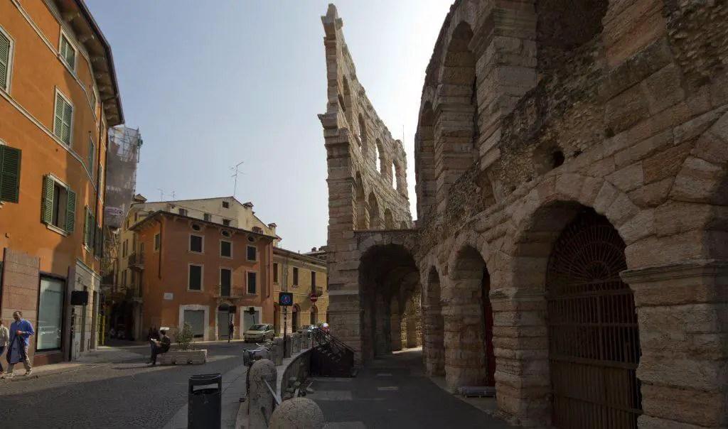 l italie dans ses grandes lignes
