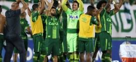 En homenaje al ChapecoenseBrasil y Colombia recaudan 380.000 dólares