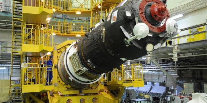 Carguero ruso viaja sin tripulación para llevar suministros a los astronautas de la Estación EEI