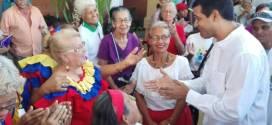 Candidato Luís Jonás Reyes Flores se reunió con adultos mayores