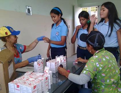 Cientos de niños atendidos durante el inicio de clases en jornadas médicas