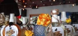 ¡DESCUBRE CÓMO TE PUEDES REINVENTAR! Mujer emprendedora ofrece su producción de perfume a través de una nueva ventana