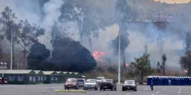 En las adyacencias del Poliedro de Caracas se originó un incendio que puso en riesgo a los pacientes con Covid-19