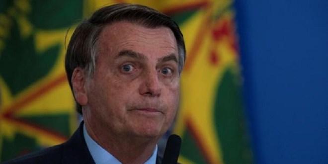 Bolsonaro arremetió contra periodistas que le preguntaron por las 500.000 muertes por COVID-19 en Brasil