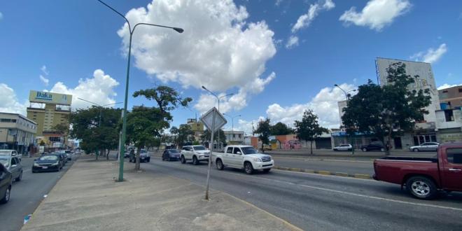 EN LA CAPITAL LARENSE / Plan Iribarren Iluminado avanza en la avenida Venezuela de Barquisimeto