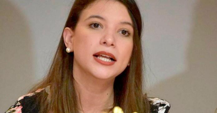 Fernanda Angélica Flores Aguilar