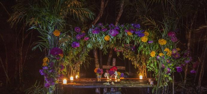 Brenda Islas @brendaislas Altar del Día de Muertos en Tres Reyes, Quitana Roo, Mexico