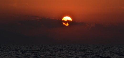 Apus de soare pe marea Egee
