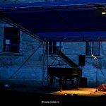 recuzita necesara coloanei sonore :D - pianul lui Lawrence Lehérissey
