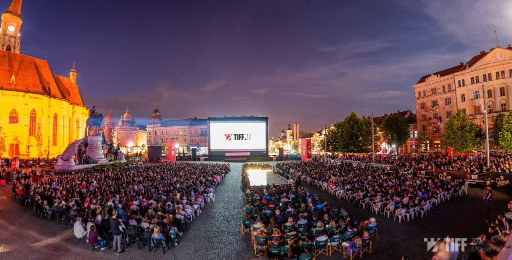 Piata Unirii – Romania Neimblanzita TIFF 2018 – Foto Marius Maris