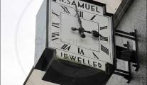 H Samuel Jeweller clock, Carlisle