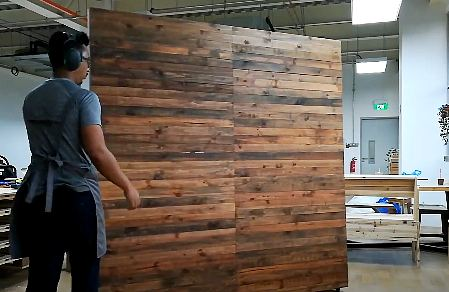 How to make a free standing pallet wall? Steps and Purposes