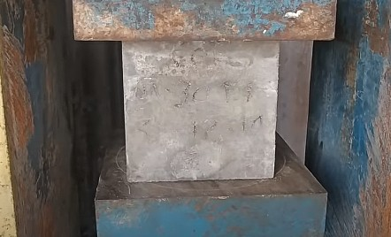 Effect of water cement ratio and Aggregate Size on Strength of Concrete