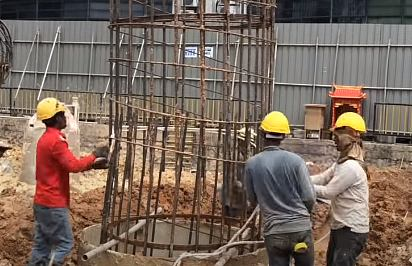 Difference between pile foundation and pier foundation