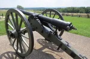 Civil War Whitworth cannon
