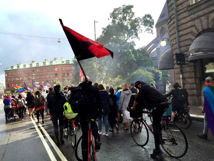 cyklister demonstrerar på första maj