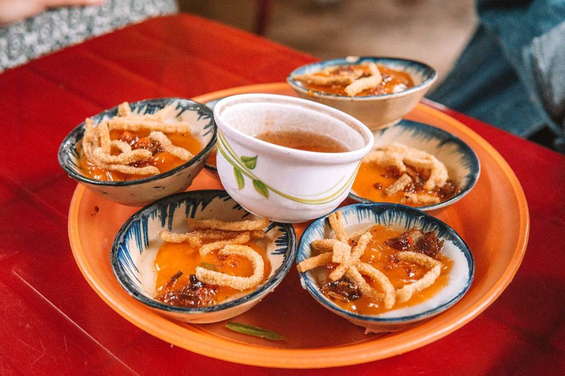The best street food to try in Hoi An, Vietnam blog post | banh beo