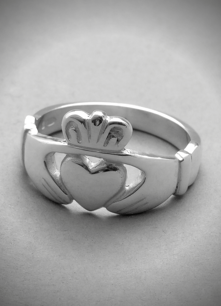 Can Men Wear Claddagh Rings Too Yes Claddagh Design