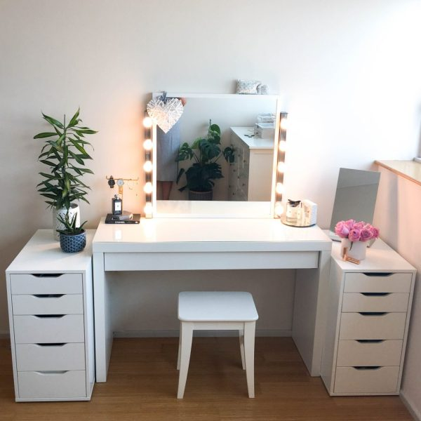 Diy Dressing Table And Vanity Mirror - Claire Baker