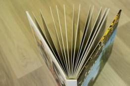 livre-photo-de-qualite-ouverture-a-plat-clairelinephotographe-8