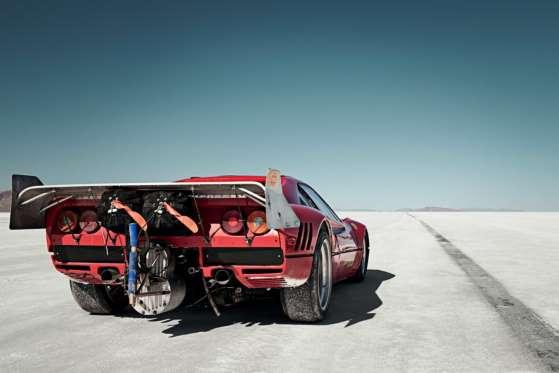 A Ferrari 288 GTO, de 1985, chamada de Cavallo Volante, se tornou a mais veloz Ferrari em 2010, indo a 443,21 km/h