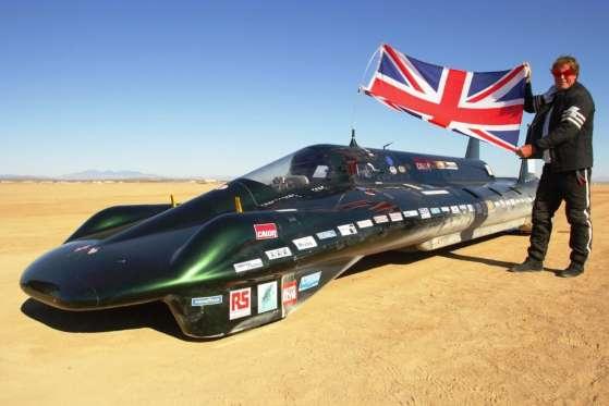 Charles Burnett III quebrou recorde de veículo movido a vapor em 25 de agosto de 2009 na Edwards Air Force Base, no deserto de Mojave, Califórnia, a 210 km/h, fazendo evaporar o recorde de Fred Marriott de 1906