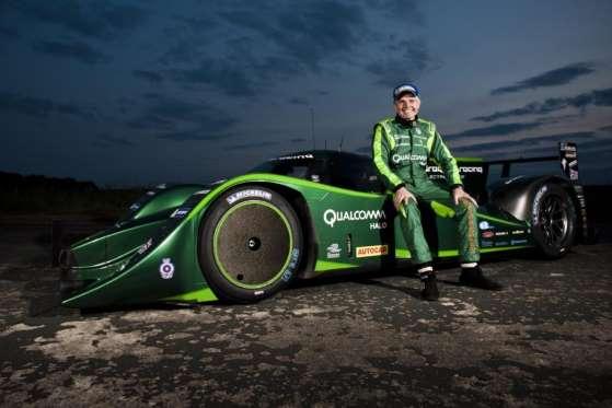 Lord Paul Drayson com um Drayson B12/69 Hyper EV em 2013. Quebrou recorde de aceleração de um carro elétrico a 326,6 km/h