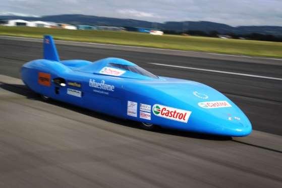 Em agosto de 2011, Don Wales (neto de Sir Malcolm Campbell e sobrinho de Donald) teve a companhia do filho, Joe, de 19 anos, para quebrar o recorde de velocidade naquele ano