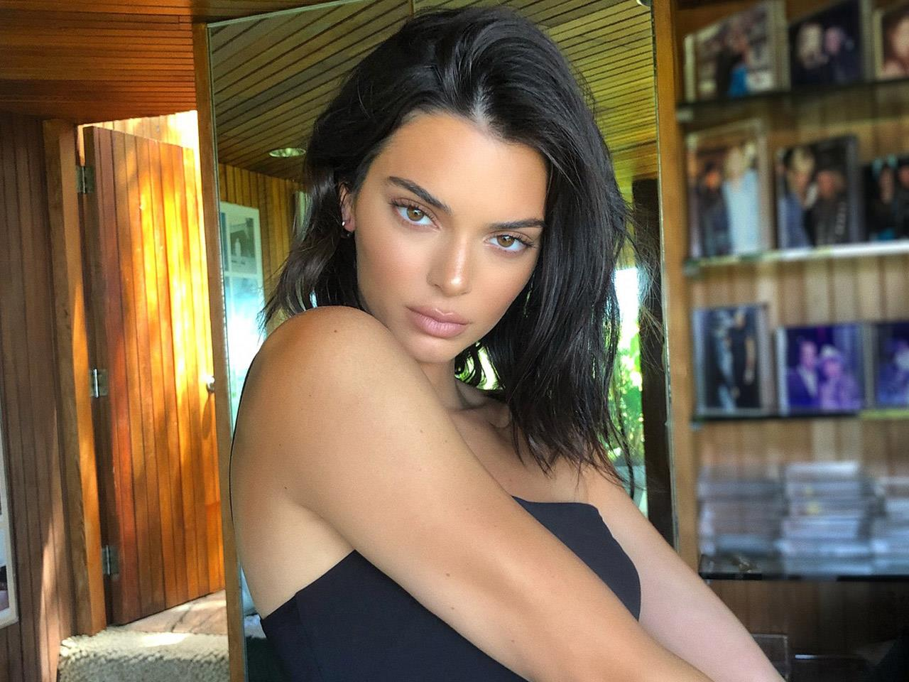 From being on the covers of hundreds of m. Kendall Jenner Pregunta En Instagram Si Su Nuevo Flequillo Le Queda Bien