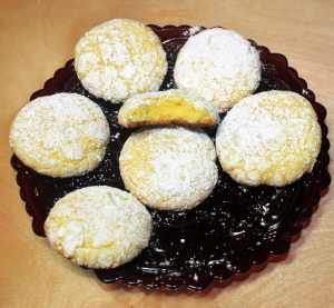 Easy 5 Ingredient Lemon Snowball Cookies