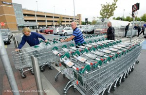 IFA members organizing trollies at the entrance at Dunnes Stores in Ennis during the Clare IFA Beef price protest outside Dunnes Stores in Ennis as part of their national campaign. Photograph by John Kelly.