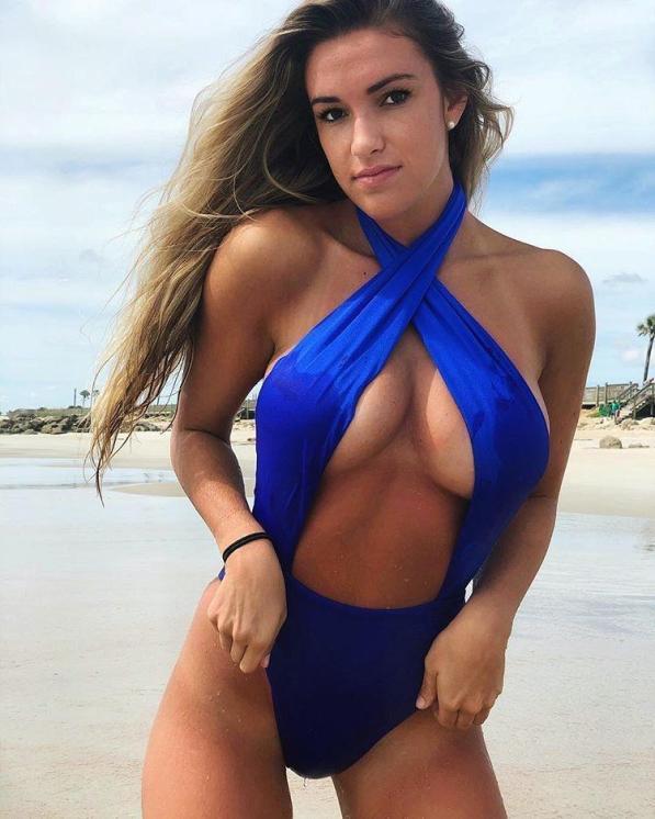 Kayla Simmons underboobs