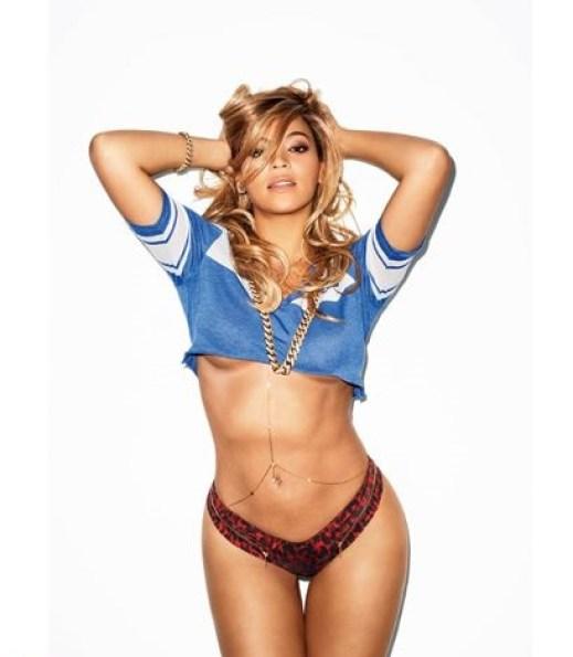 Beyonce underboobs