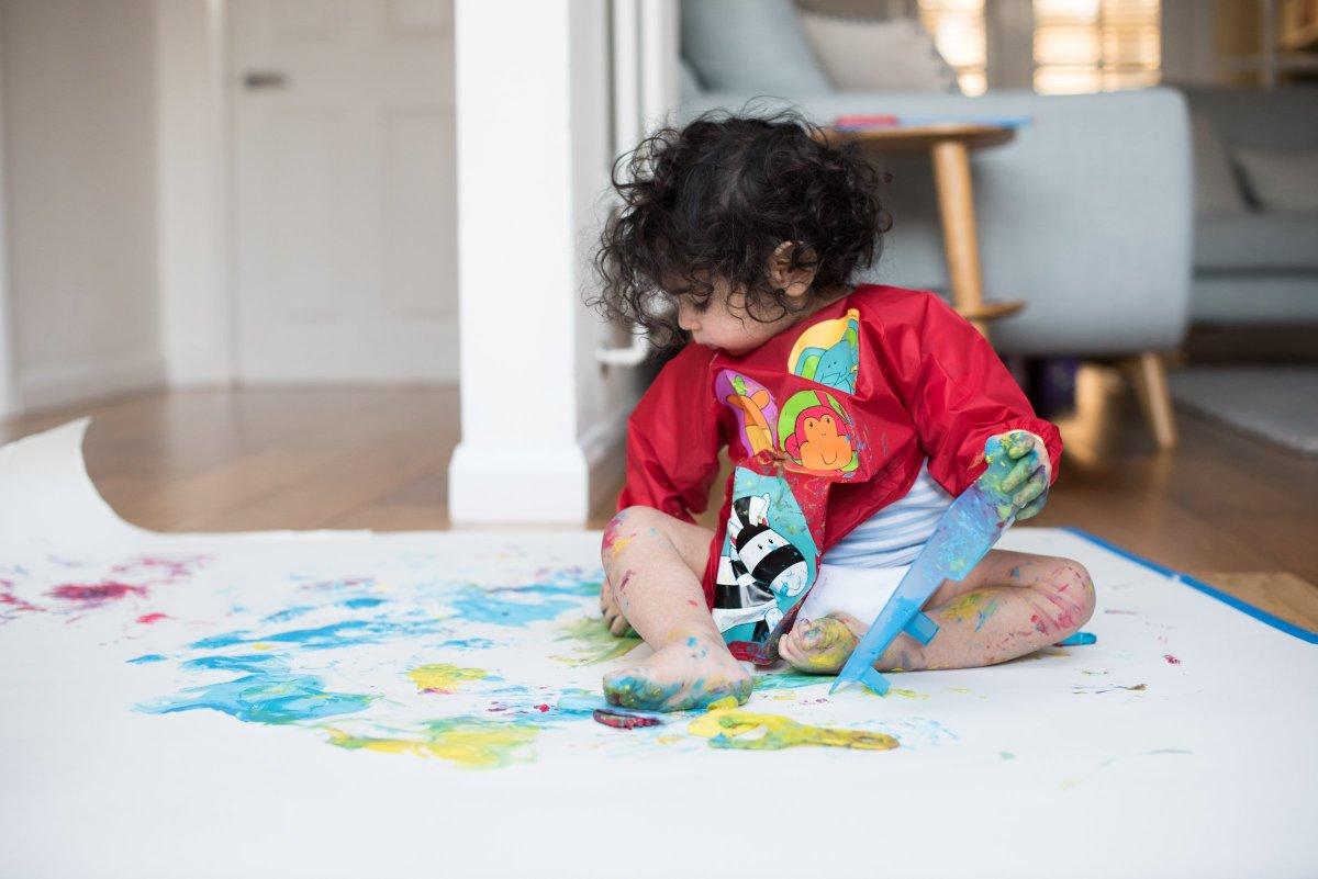 How to store your childrens artwork using photographs