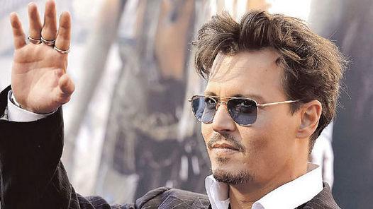 MULTIFACÉTICO Depp no para de firmar contratos.