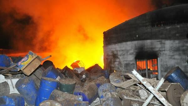 Fuego. Al menos 52 heridos por una fuerte explosión en un depósito de químicos en el barrio Alta Córdoba. /Segio Cejas
